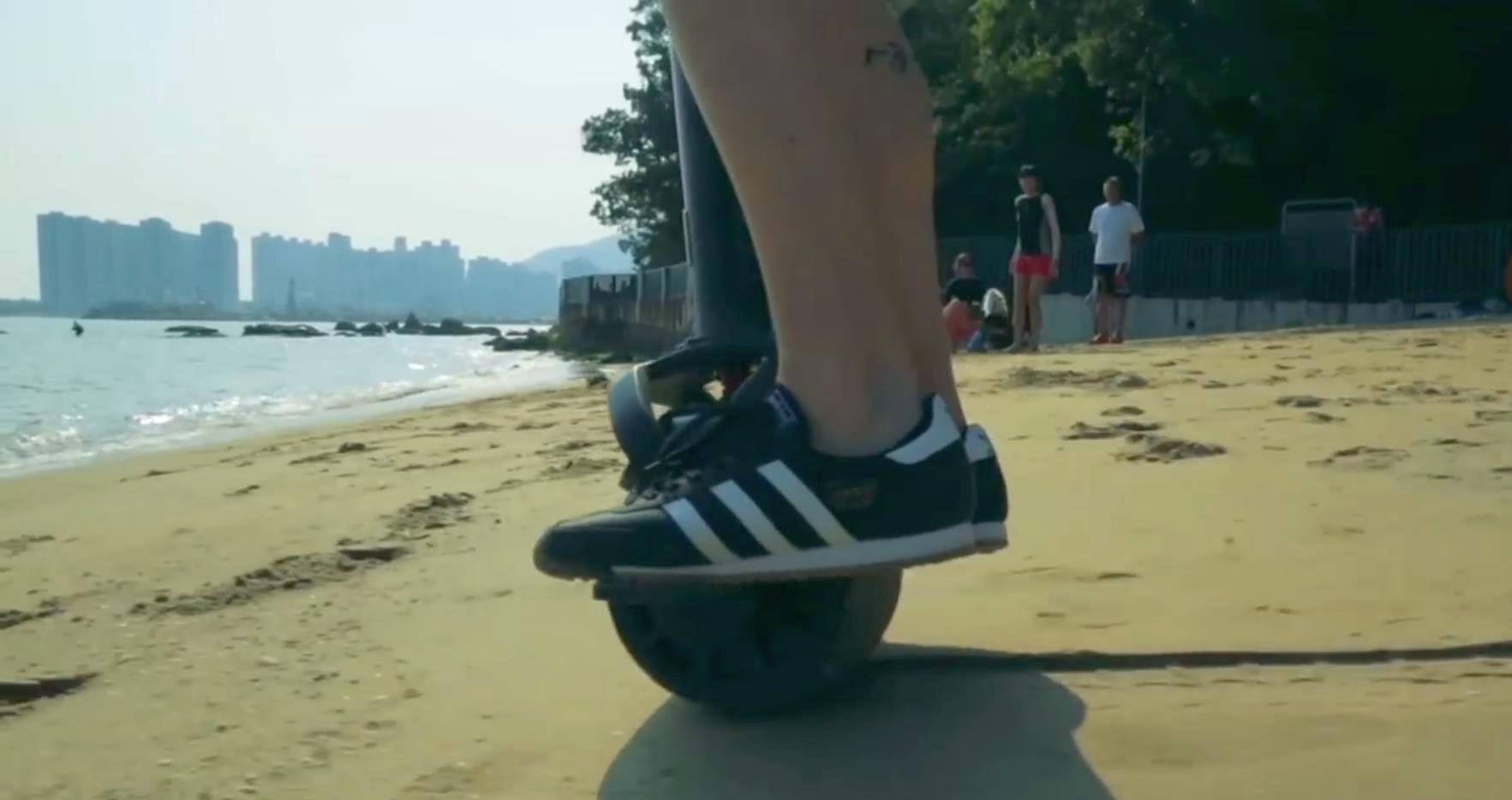 Моноколесо с рулем по песку