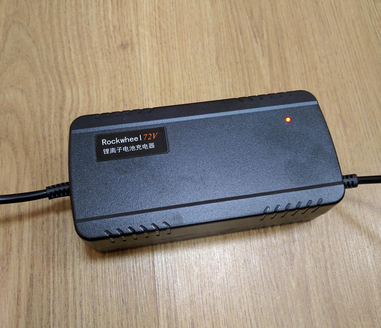 Зарядное устройство Rockwheel GT16