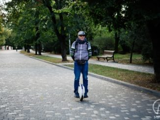 Сергей - езда на моноколесе