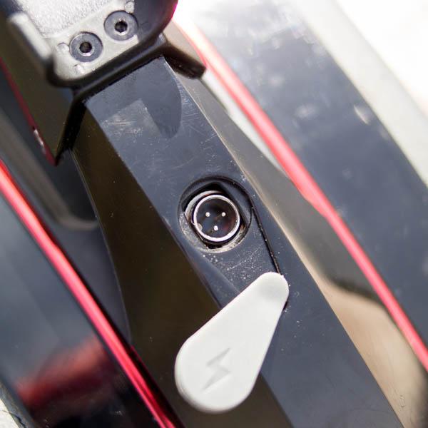 Inmotion V10 разъем для зарядки