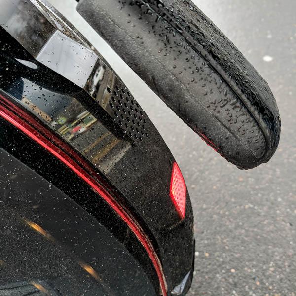 Inmotion V10 в дождь