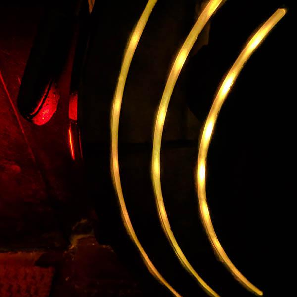 Inmotion V10 желтая подсветка