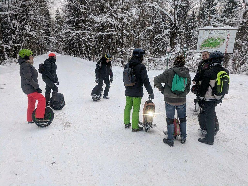 Встреча моноколесников зимой