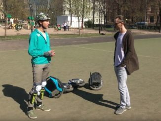 Скейтер на моноколесе