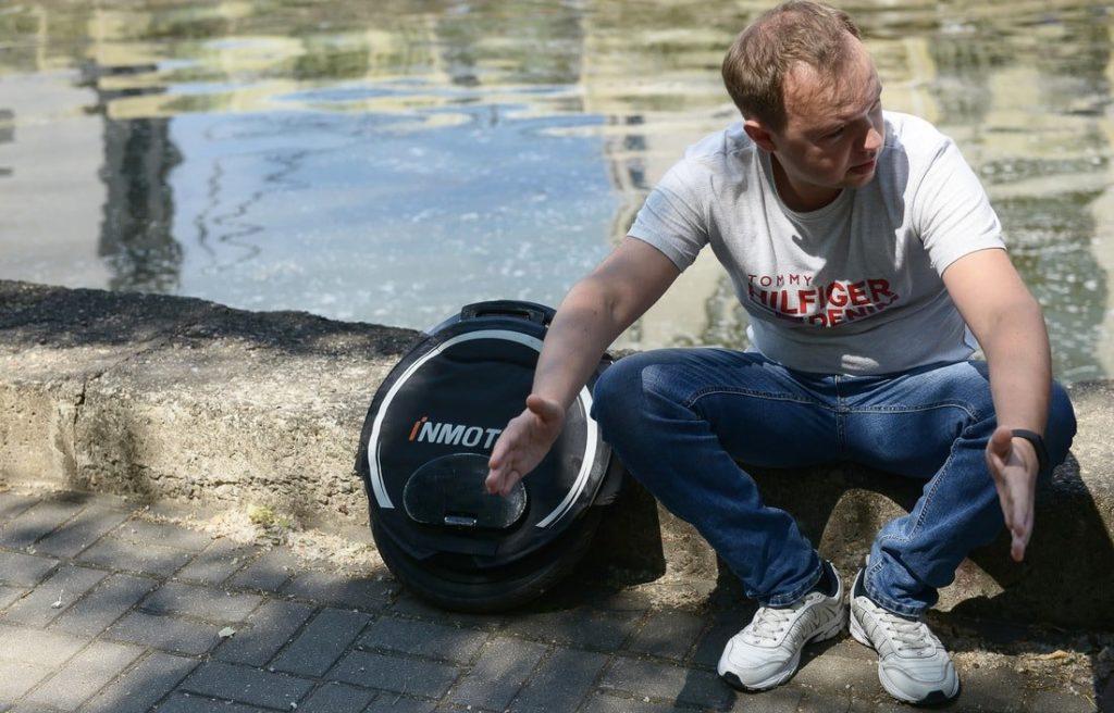 Дмитрий рассказывает про моноколесо