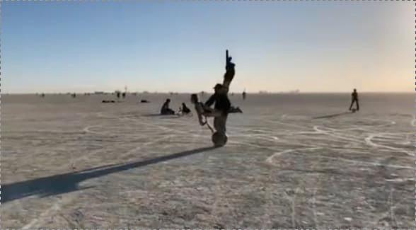 Моноколесо на Burning Man
