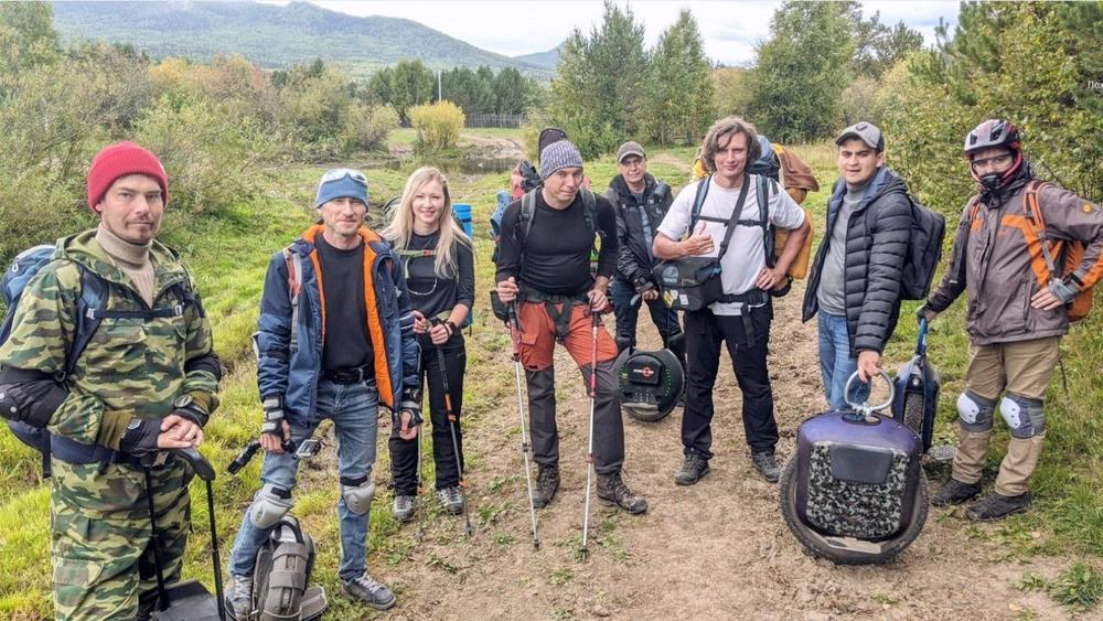 Впервые на Южном Урале энтузиасты взошли на вершину-тысячник на моноколесах