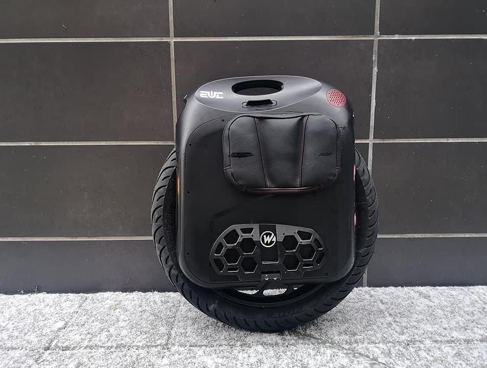 Begode Monster PRO - Michelin Pilot Street 90-18 тест безкамерной покрышки